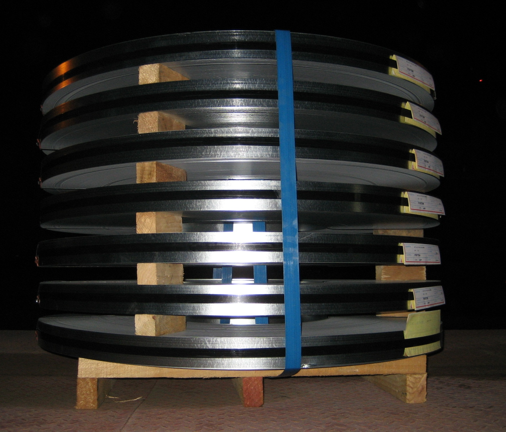 galvanized coils commercial quality  slitted & strapped